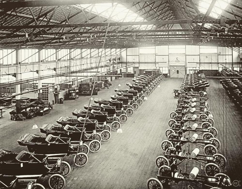 Заводской цех завода Ford Trafford Park Plant; 1911 г.