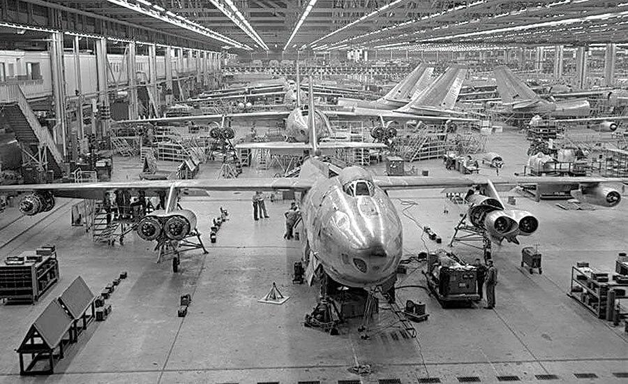 Производственный цех Самолет Boeing