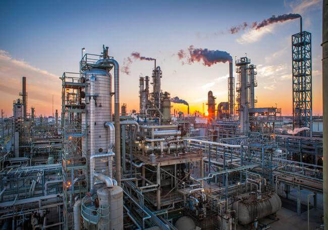 Побережье Мексиканского залива США (USGC) содержит самую большую концентрацию нефтеперерабатывающих мощностей в США - 9,5 миллионов баррелей в день (BPD).