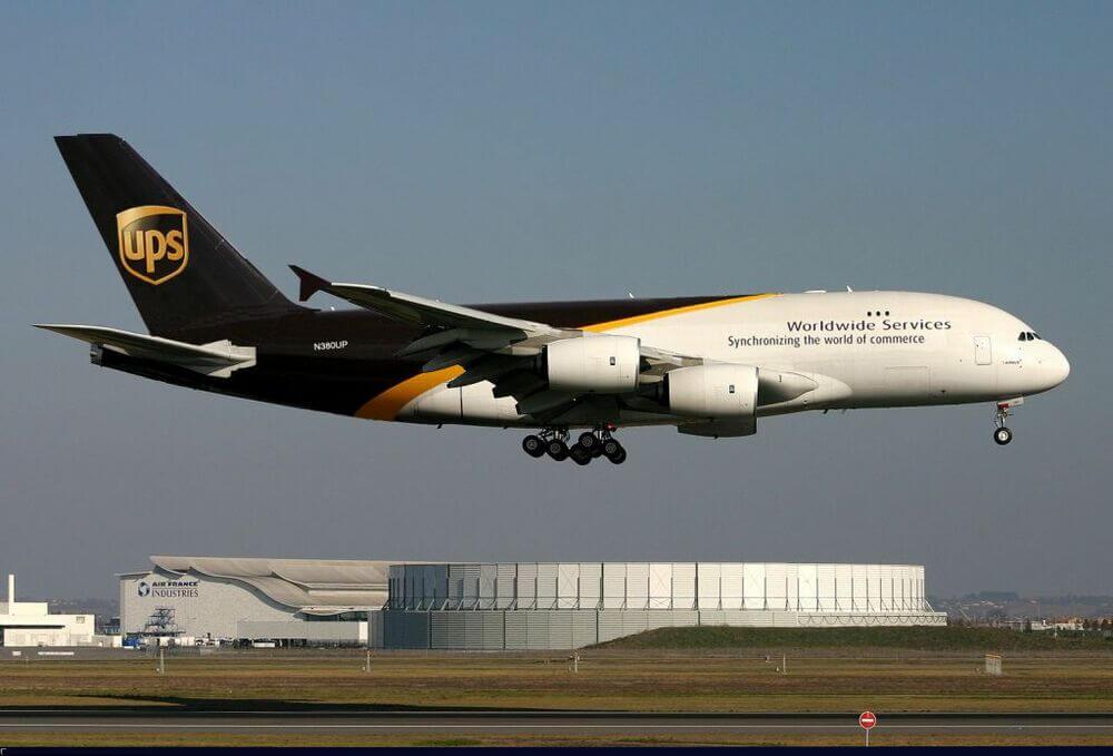 Самолет компании UPS