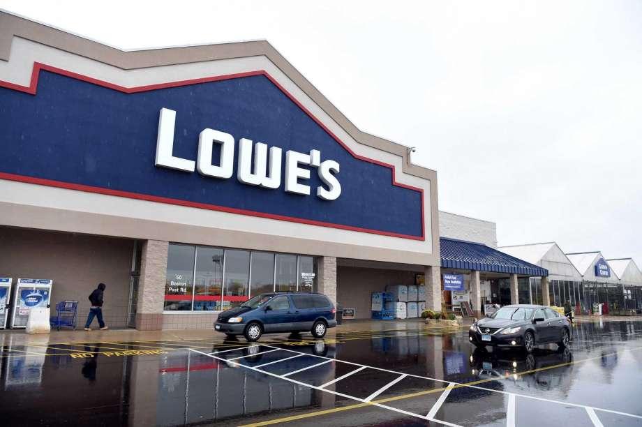 Типичный магазин Lowe's Companies, Inc